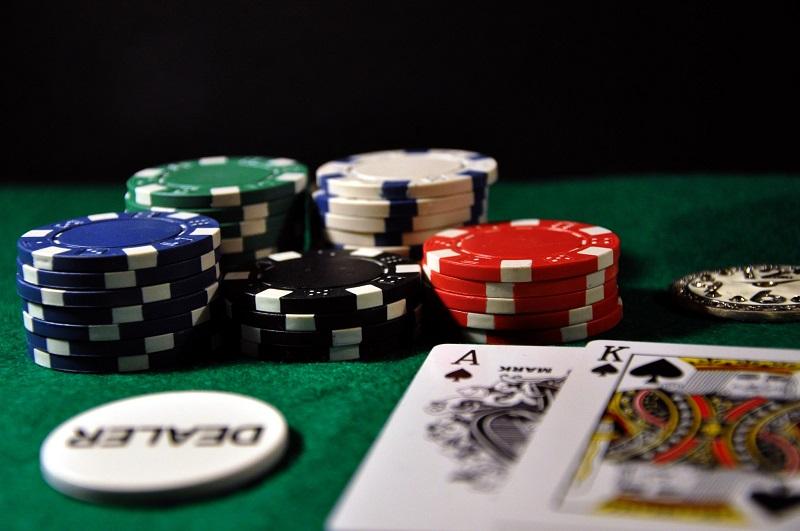 Cách chơi bài trong casino luôn dành chiến thắng